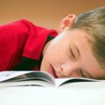اهمیت خواب شبانه و تاثیر آن بر یادگیری کودکان ونوجوانان